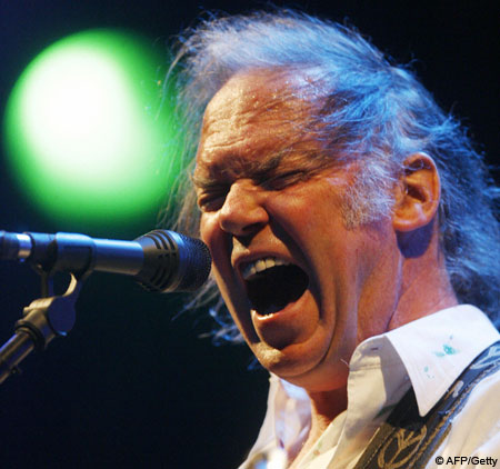 neil young live on stage screaming